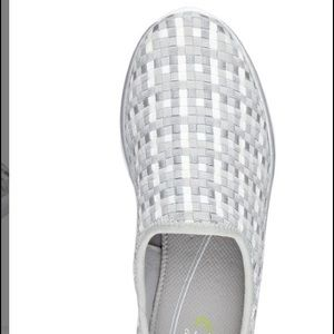 Easy Spirit Quinby Shoes Grey/White new